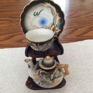 Dragon-ware miniature tea set vintage